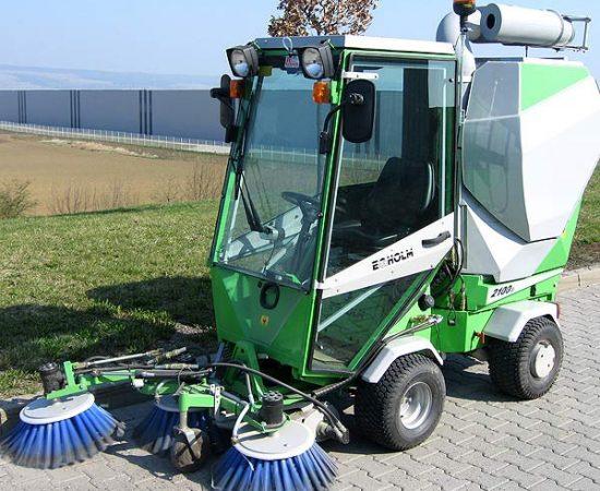 Kehrfahrzeug zur Außenreinigung mit modernster Technik und innovativen Reinigungsverfahren