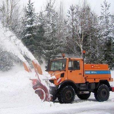 Schneefräse im Einsatz beim Winterdienst in Thüringen und Hessen